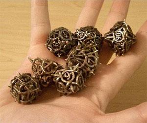 thorn-dice-7016