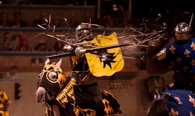 MedievalTimes.jousting-explosion